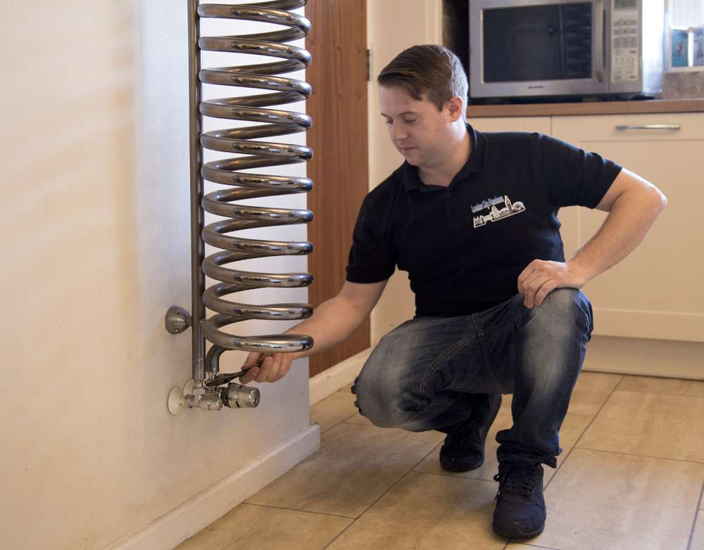 Emergency Plumbers London London City Plumbers (3)